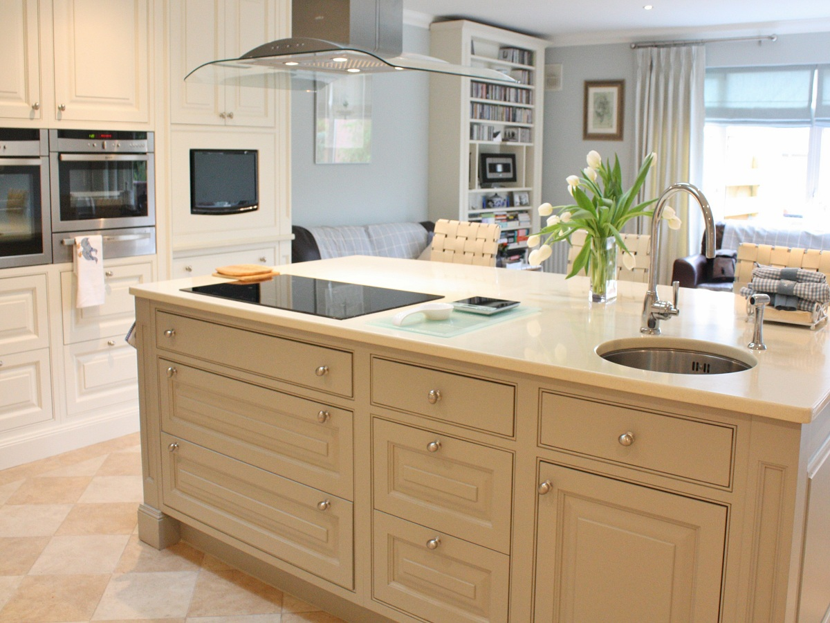 Enigma design modern country kitchen bespoke wicklow 5 for Modern country kitchen designs