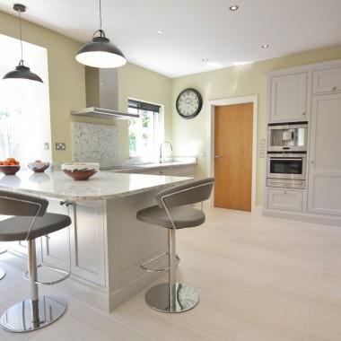 DM inframe hand painted bespoke kitchen enigma design dublin wicklow 1