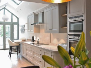 bespoke_classical_painted_kitchen_enigma_design_sandycove_2