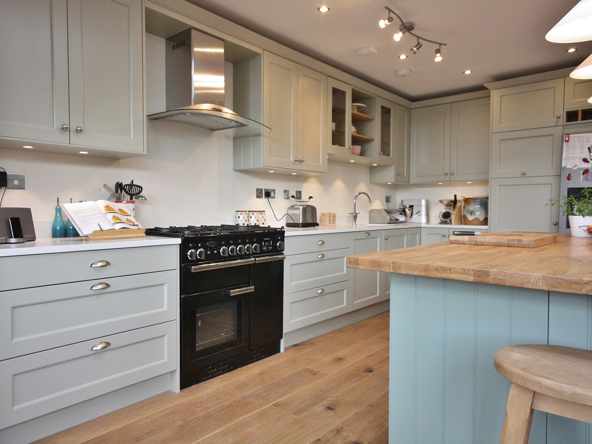 kitchen design wicklow enigma design 187 classical painted shaker bespoke kitchen 429