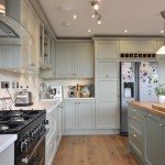classical_painted_shaker_bespoke_kitchen_Wicklow_enigma_design_3