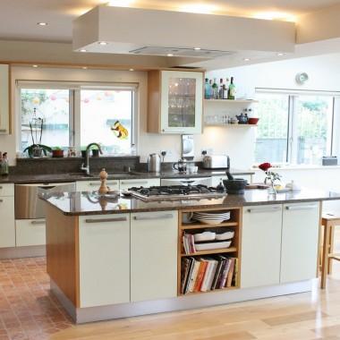 Green_and_oak_custom_made_kitchen_dublin_wicklow_1