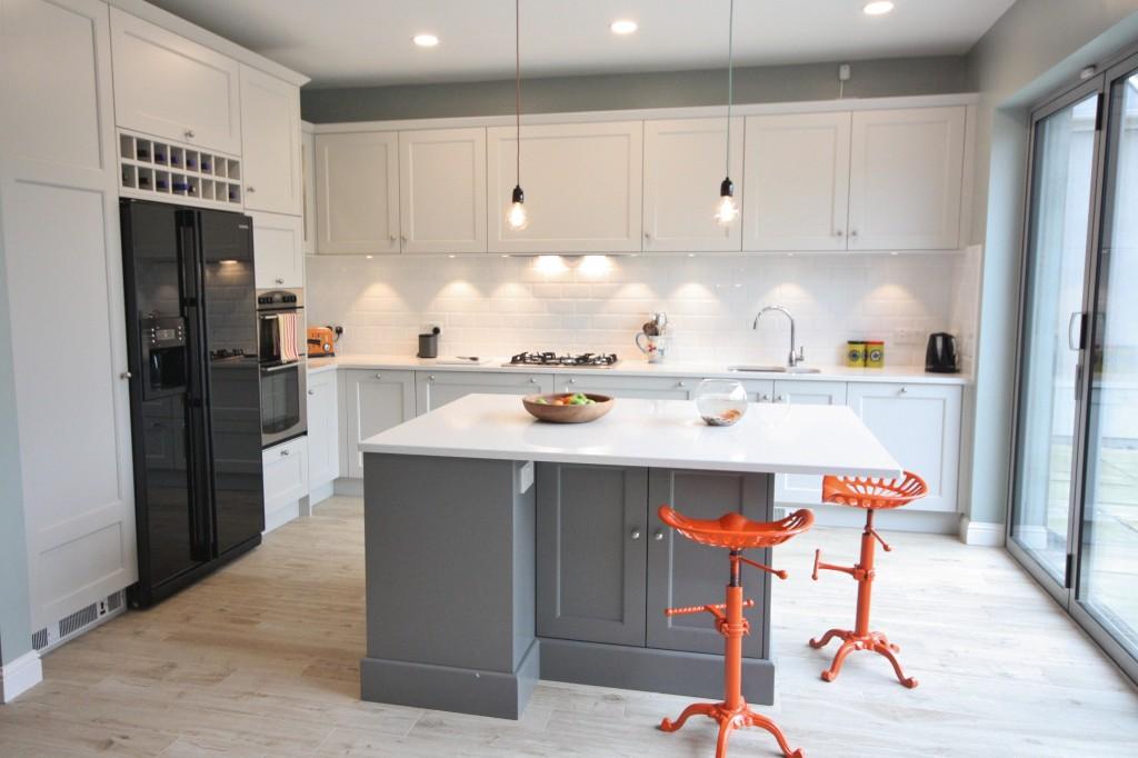 enigma design round shaker kitchen bespoke wicklow 1